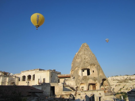 Balloon over the Kelebek Hotel