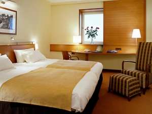 2 Single Bed room - photo courtesy of Sofitel.com