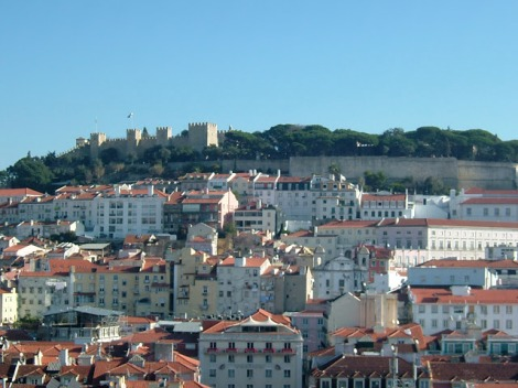 View of Castelo Sao Jorge overlooking the city