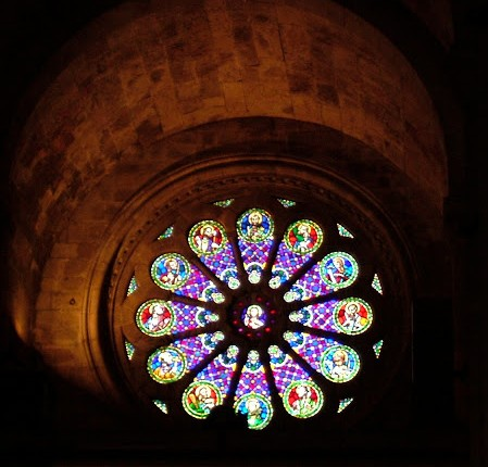 Another photo of the stained glass window in the Patriarchal church that I loved from my first visit to Lisbon