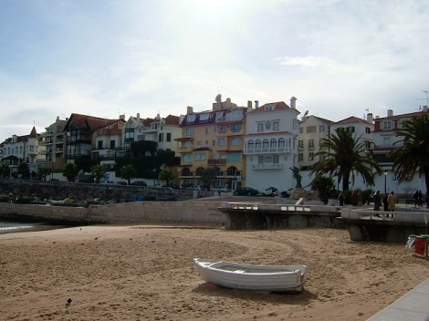 Beachfront property in Cascais