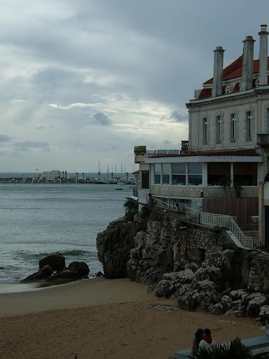 A lovely beach house!